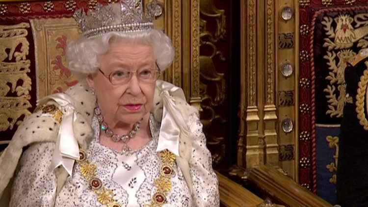 This is Why Queen Elizabeth Skipped Wearing the Imperial State Crown When She Opened Parliament