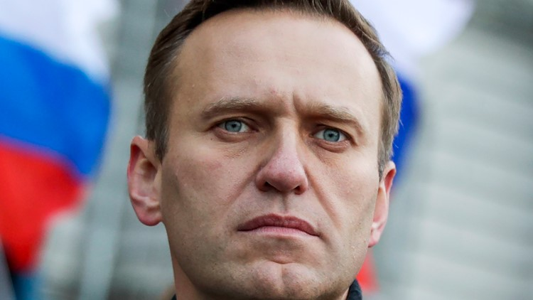 Navalny's team calls protests amid reports of failing health