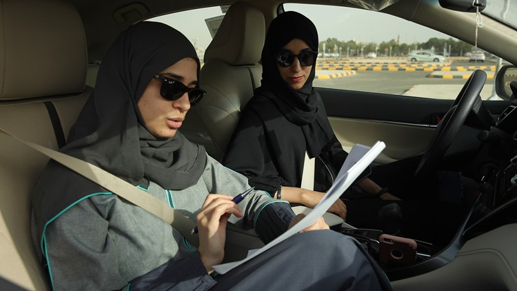 Women drive Saudi Arabia