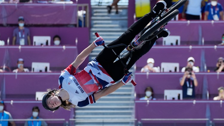 Worthington tops Roberts in BMX freestyle Olympic debut