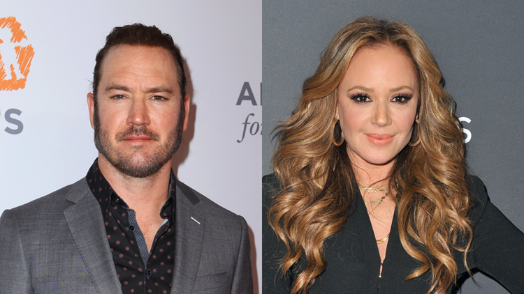 Mark-Paul Gosselaar Recalls 'Undeniable Chemistry' With Leah Remini on 'Saved by the Bell'