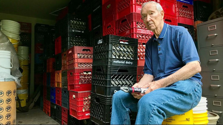 90-year-old selling collection of 70,000 golf balls