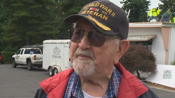 Oregon WWII veteran gifted new roof; 'It took a weight off my shoulders'