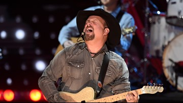 Garth Brooks, Blake Shelton to debut song for first time at Friday Boise show