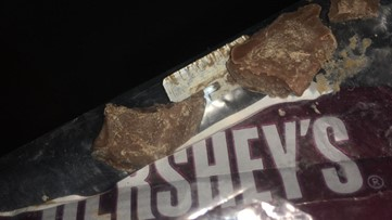 Vancouver trick-or-treater injured by blade in candy, police say
