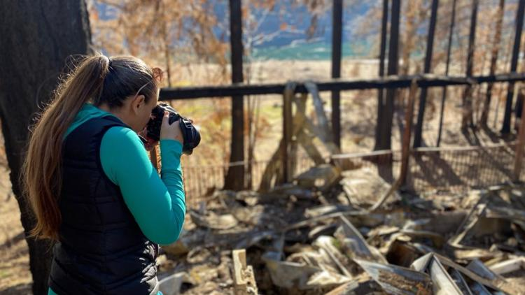 Photographer selling calendars to raise money for Oregon wildfire victims