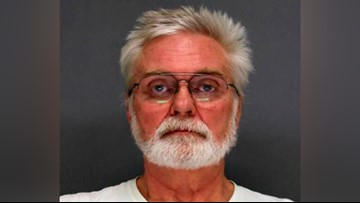 Wisconsin police: Naked man tears down neighbor's holiday decorations