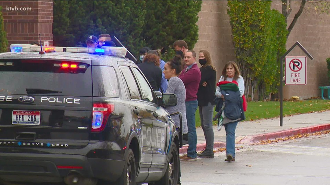 Shoppers recall chaos in Boise Towne Square during Monday shooting