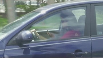 Ada County commissioners move to ban handheld devices while driving