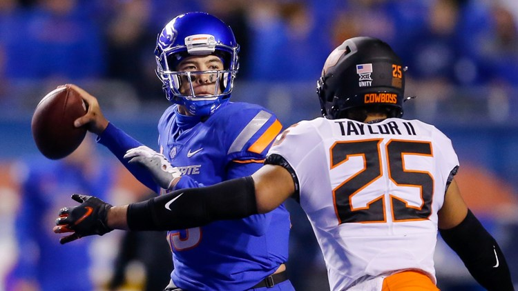 Boise State football players and coaches continue to learn Tim Plough's offense: 'We just got to stick with it'