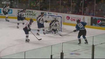 The Idaho Steelheads finds a way to stay alive in second round of the playoffs