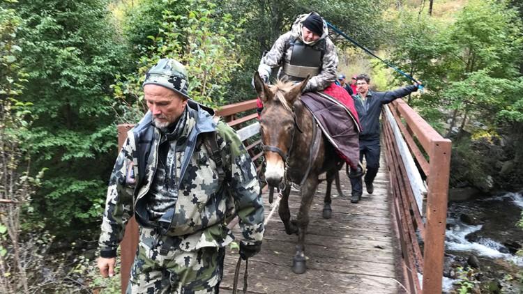 Darwin Vander Esch hunter rescue Salmon River