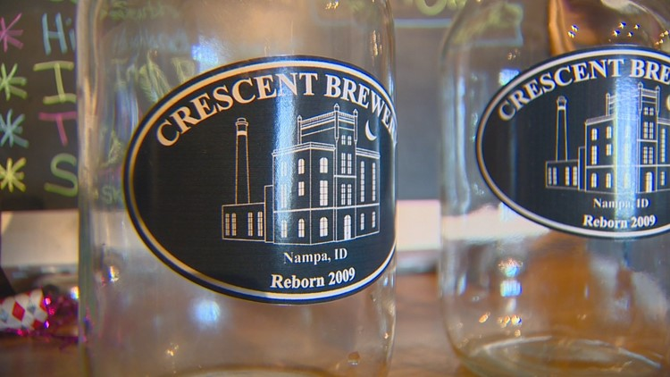 208 Redial: Nampa brewery mixes beers with comedy, history