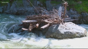'It's basically a death trap': Warning issued after log jam builds up on Payette River