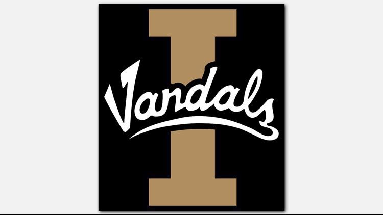Petrino, Cotton have record game as Idaho tops NAU in OT