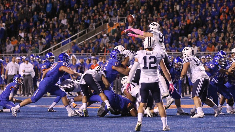 Boise State Football It S Now A Staple Of Both Teams Schedules