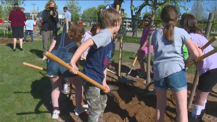 Nampa celebrates Arbor Day with tree plantings