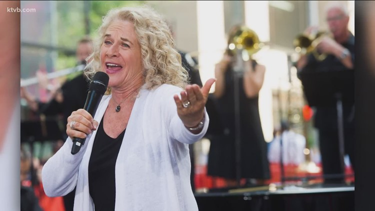 Carole King to be inducted into Rock and Roll Hall of Fame