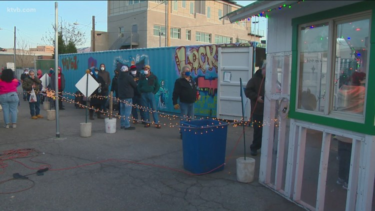 Interfaith Sanctuary and Andrades serve Boise's homeless a warm Christmas Eve meal
