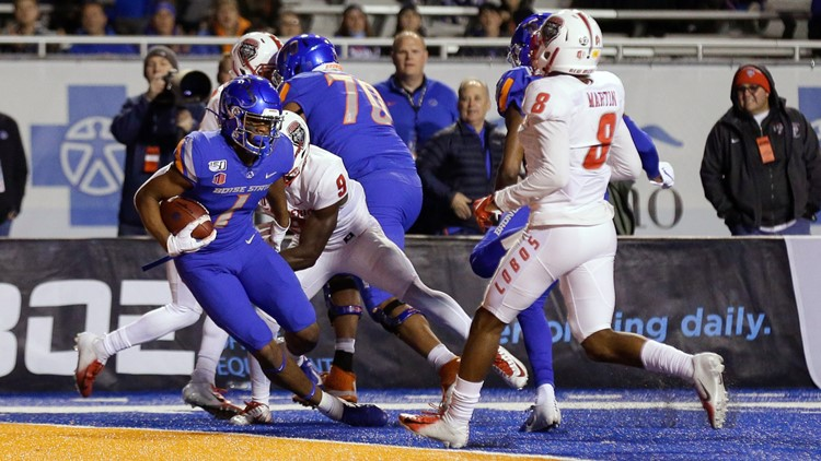 Boise State slides in AP Top 25 Poll after handily beating New Mexico, maintains ranking in Coaches Poll