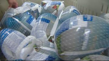 Albertsons donates 2,000 turkey meals from its 'Santa Bucks' campaign