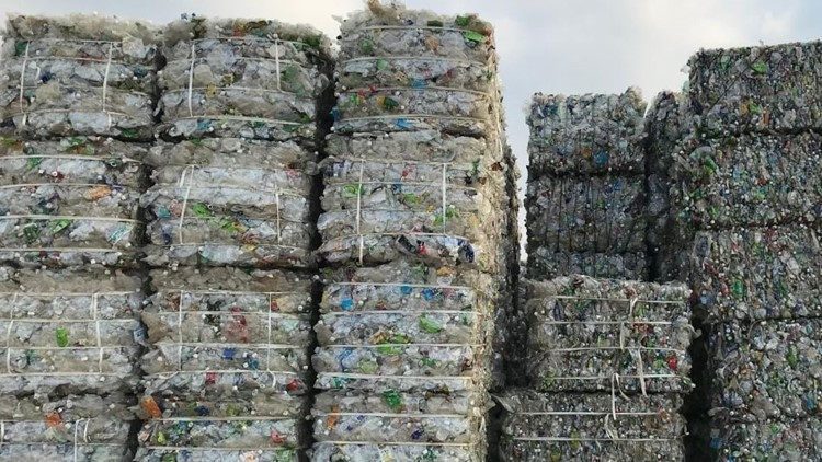 Plastic recycling pile