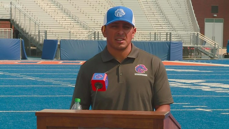 Andy Avalos on Boise's State quarterback battle, COVID-19 protocols and the team's vaccination rate