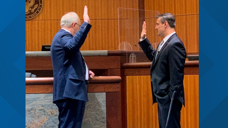 Idaho's newest federal magistrate judge sworn in to office