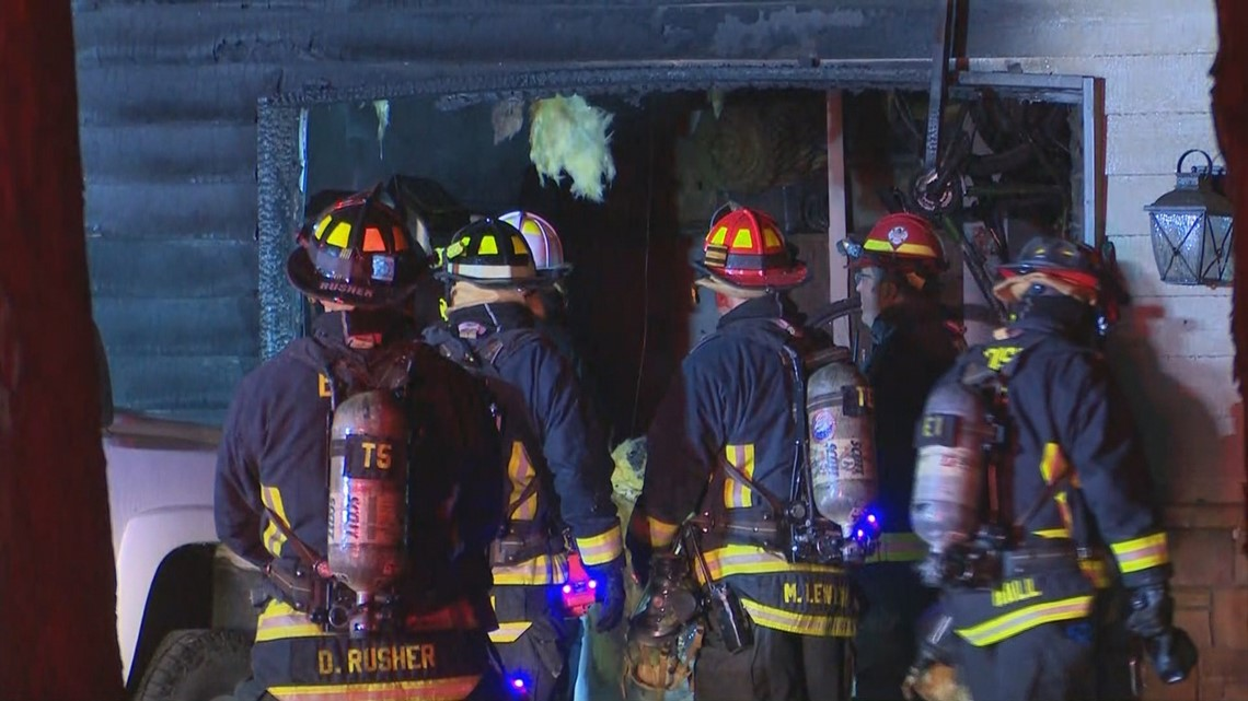 Fireplace ashes spark blaze at Boise home