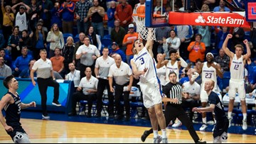 Dickinson's 3 in triple overtime gives Boise St. 82-76 win