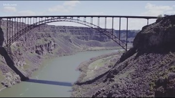 Kayakers warned to watch for things falling from bridge near Twin Falls