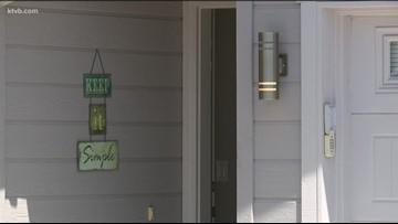 Neighbors describe what they saw during early Sunday morning stabbing in Boise