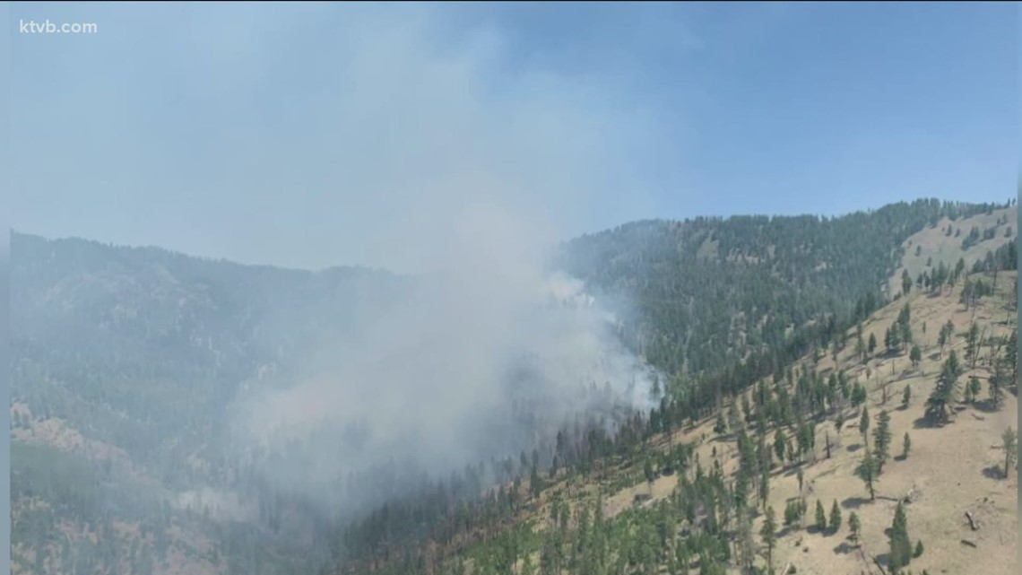 Idaho wildfires: Mud Lick fire grows to 12,000 acres, evacuations in effect; smoke continues to fill Valley skies