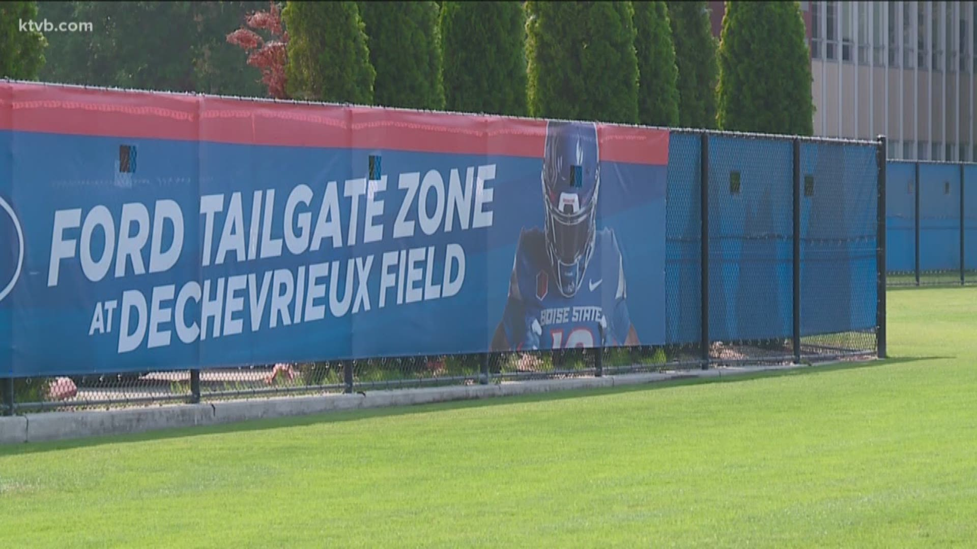 Boise State Boosting Bronco Football Fans Experience With Ford Tailgate Zone Ktvb Com
