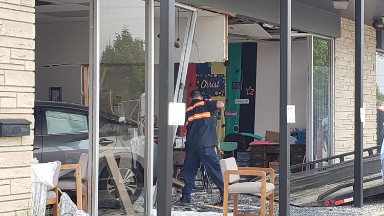 Car crashes into church on Orchard Street in Boise