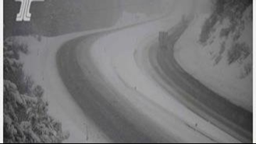 Westbound I-84 reopened from La Grande after spun-out trucks closed it