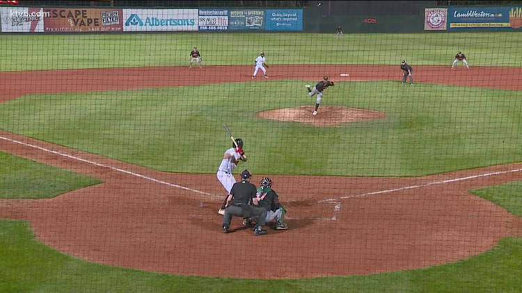 Late rally propels Boise Hawks into championship game
