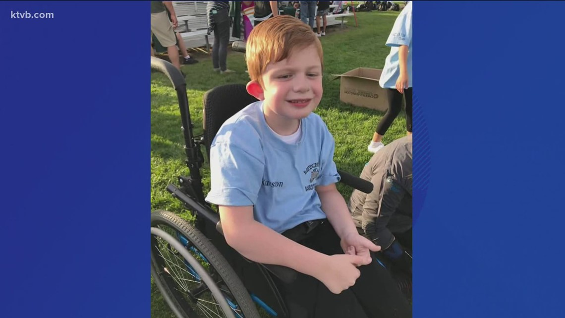7's Hero: Friends raise money for wheelchair accessible van for Star family with disabled son